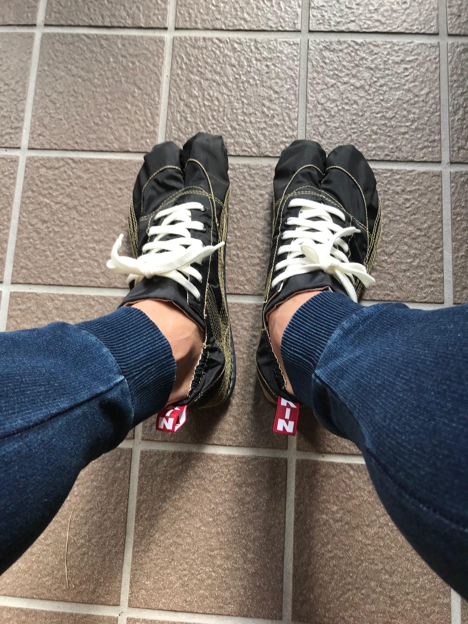 流行最先端はこれ!ドラマ【陸王】モデルのランニング足袋「無敵」はこんな履物